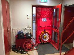 blowerdoor luchtdichtheidstest bij Visser ATR in Harlingen, Friesland